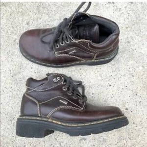 Doc Martens women's boots sz 6 brown leather ankle